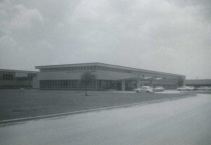 1977 Dulles HS 40 yr. Reunion Sat. August 5!