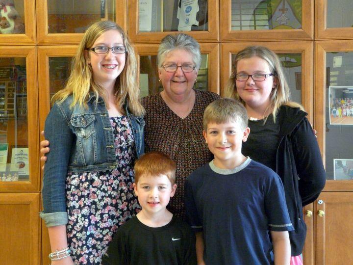 Peninsula Shores District School Classmates