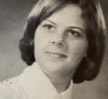 Linda Kneepkens '71
